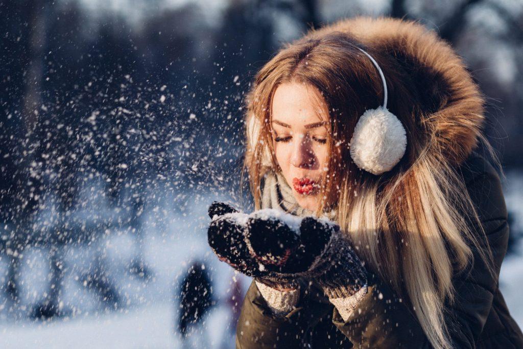 ouvidos protegidos no inverno