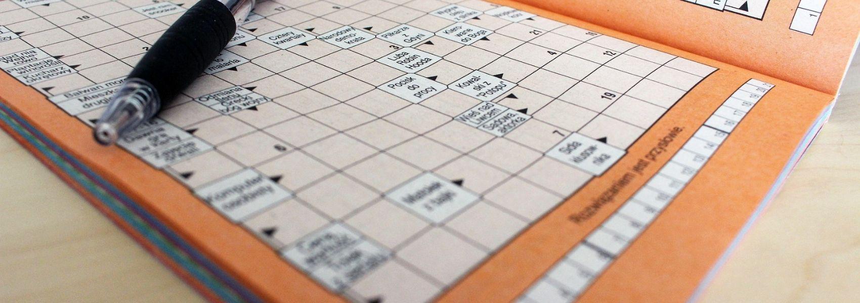 Fazer palavras cruzadas e quebra-cabeças associado a um cérebro mais jovem