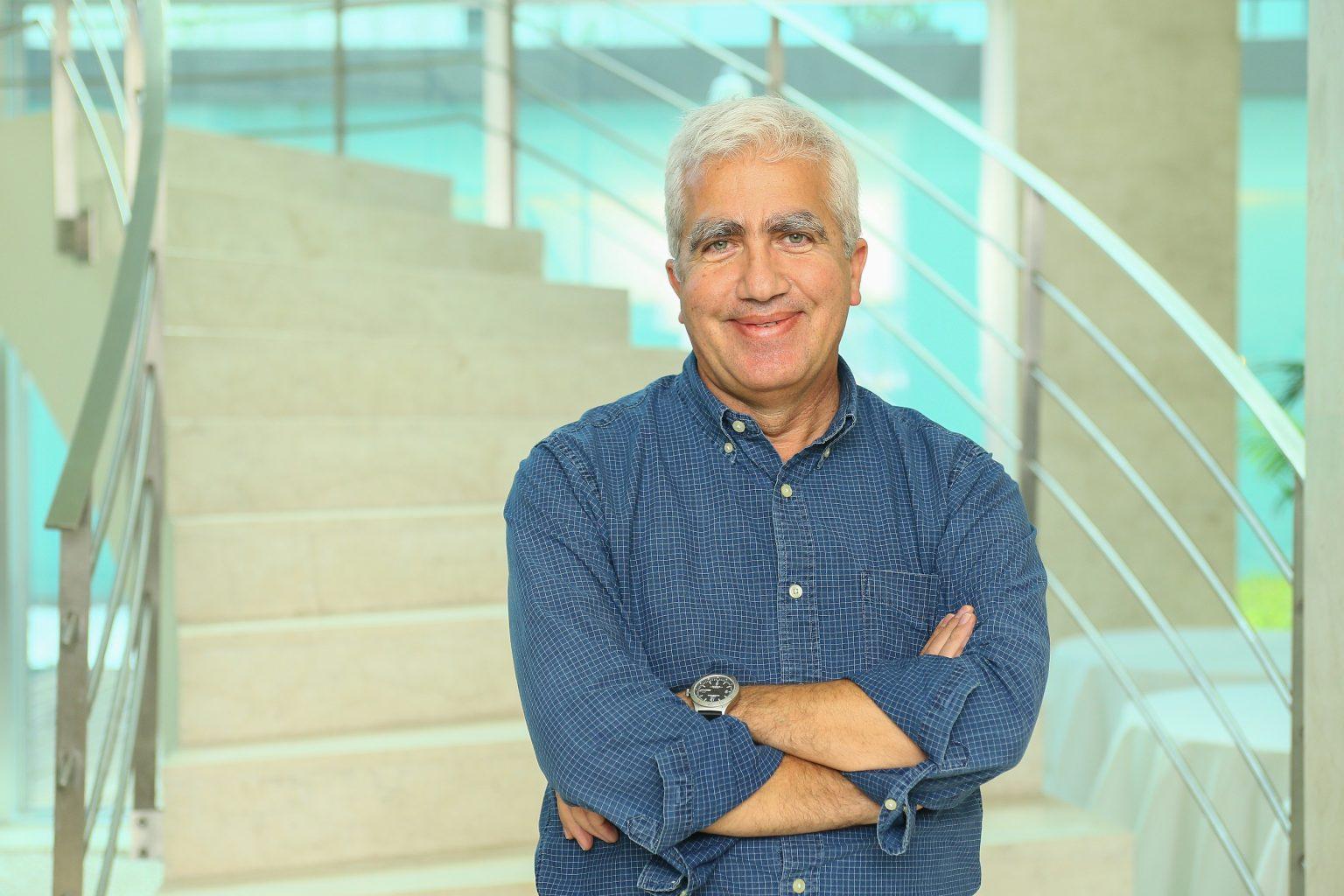 AVC, Dr. Fernando Pita