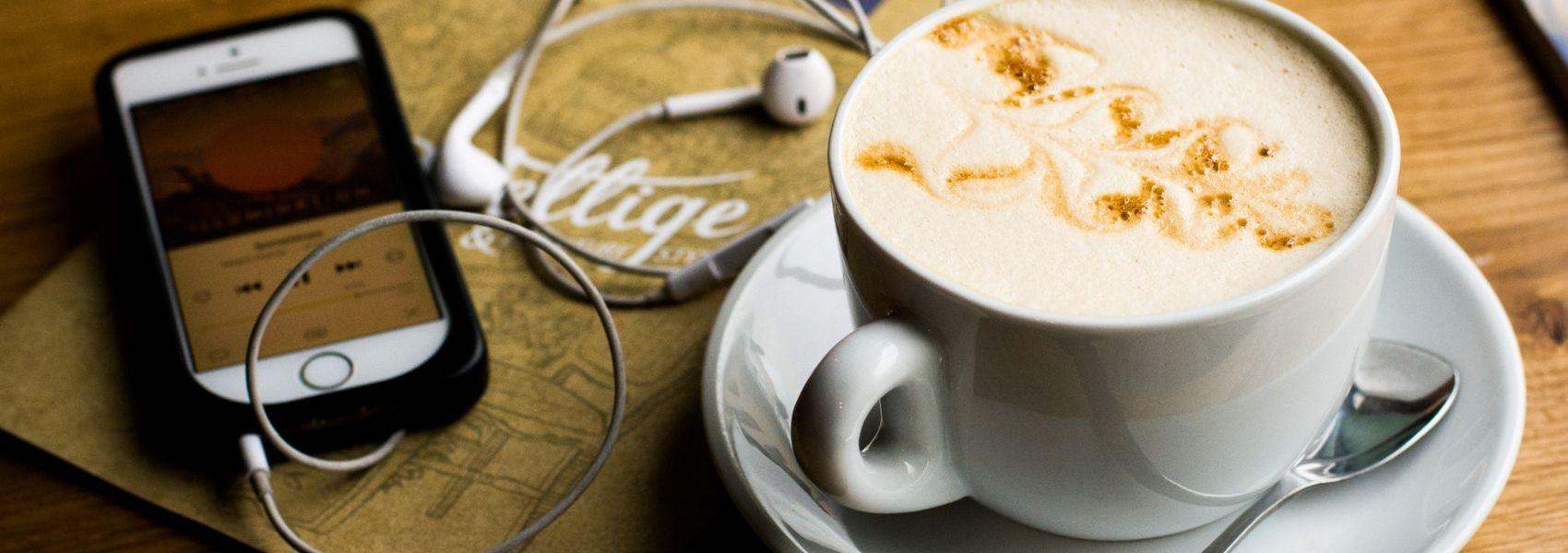 Cinco podcasts sobre saúde para descobrir durante as férias de verão