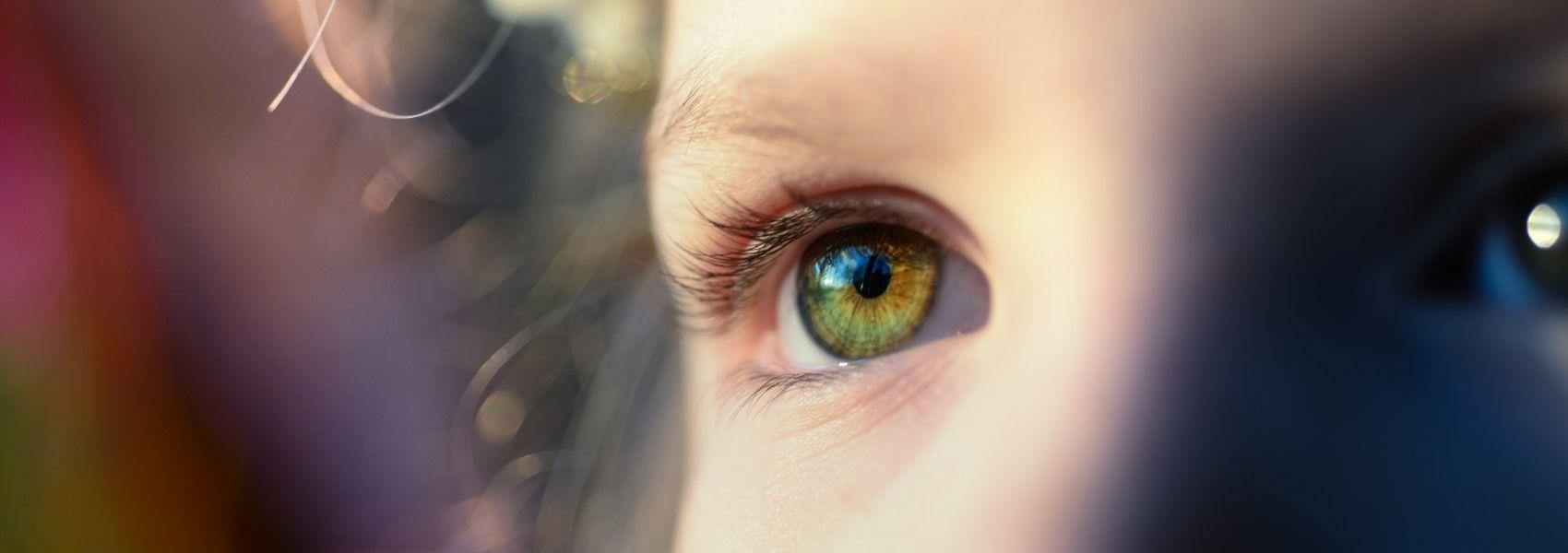 Campanha alerta para tumor raro que afeta os olhos dos mais pequenos