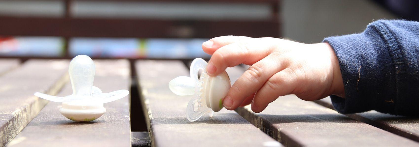 Biossensor em chupeta pode ajudar a monitorizar a saúde do recém-nascido