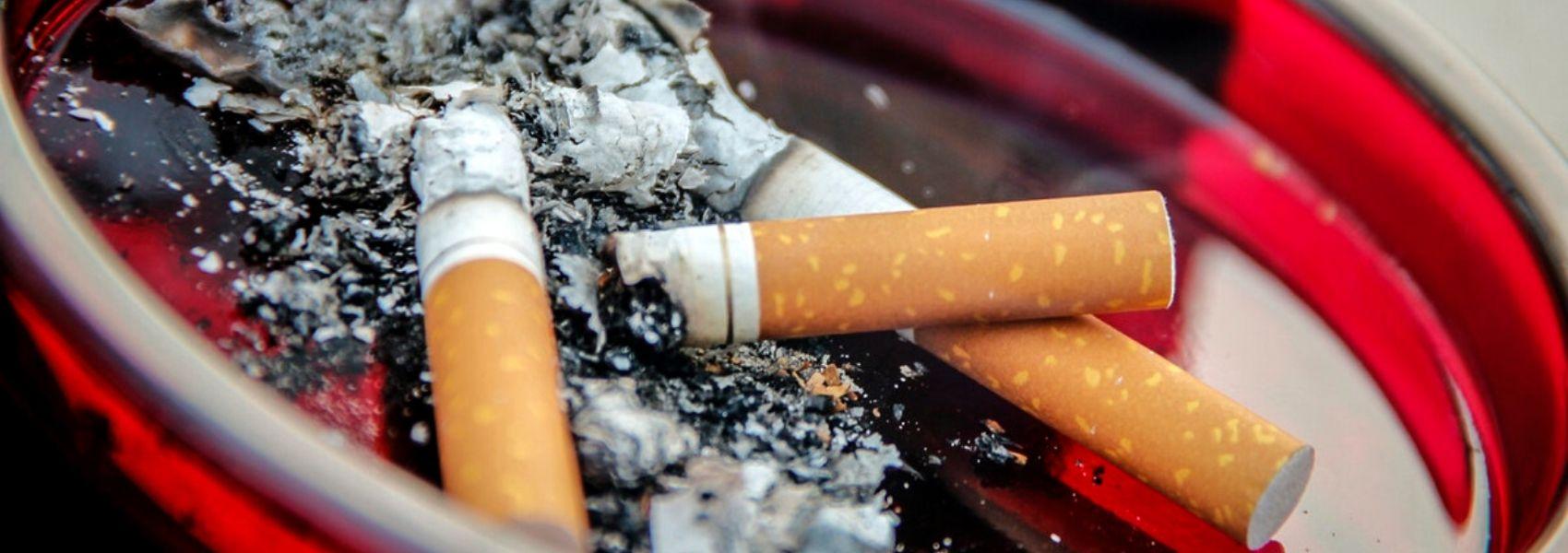 Estudo descobre que a solidão torna mais difícil deixar de fumar