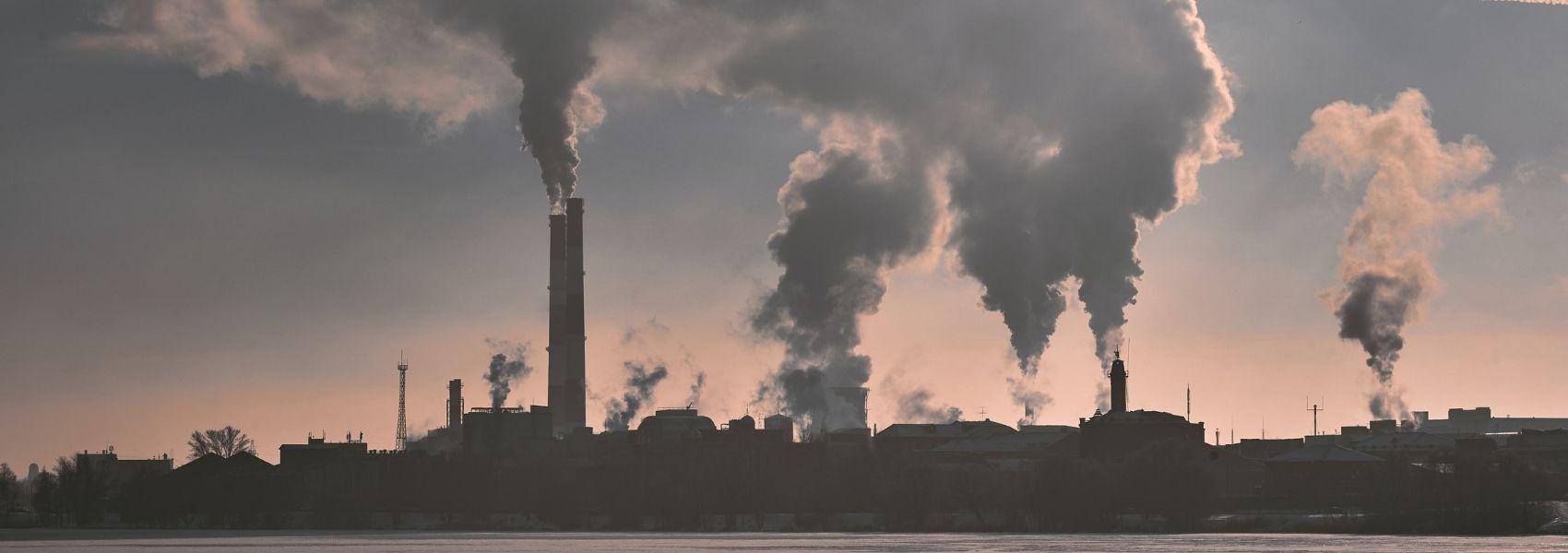 Melhorar a qualidade do ar reduz o risco de demência, sugerem estudos
